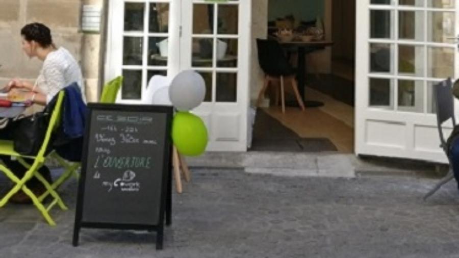vitrine mycowork beaubourg - espace de coworking et privatisation